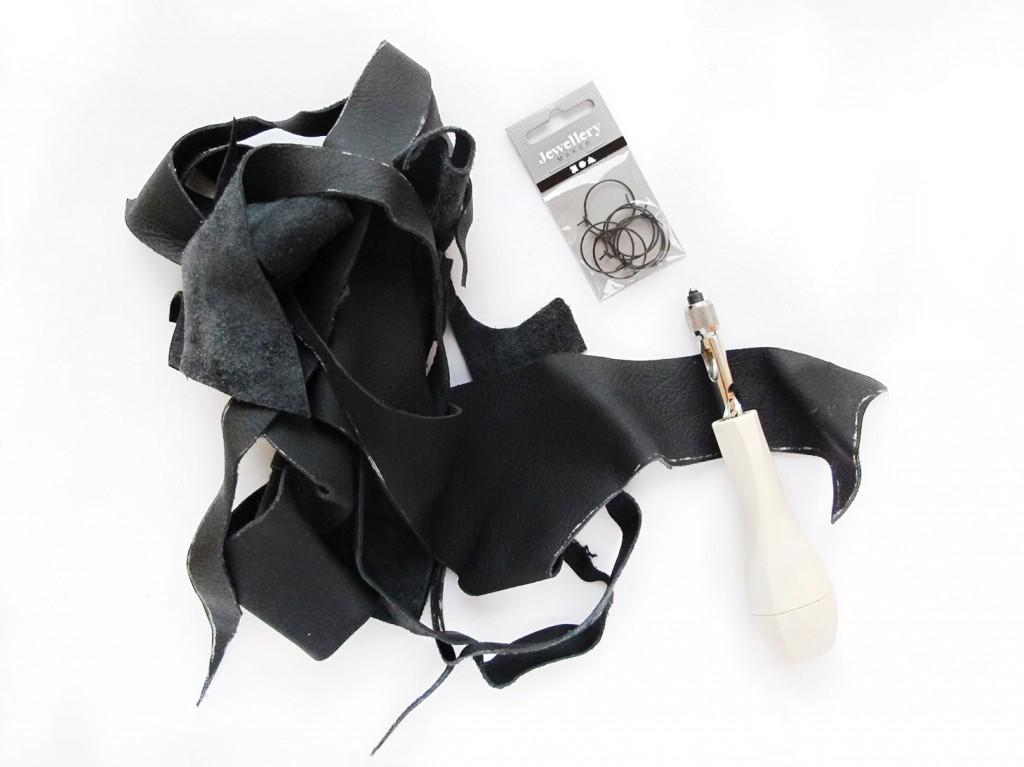 materialerne der skal bruges til øreringene