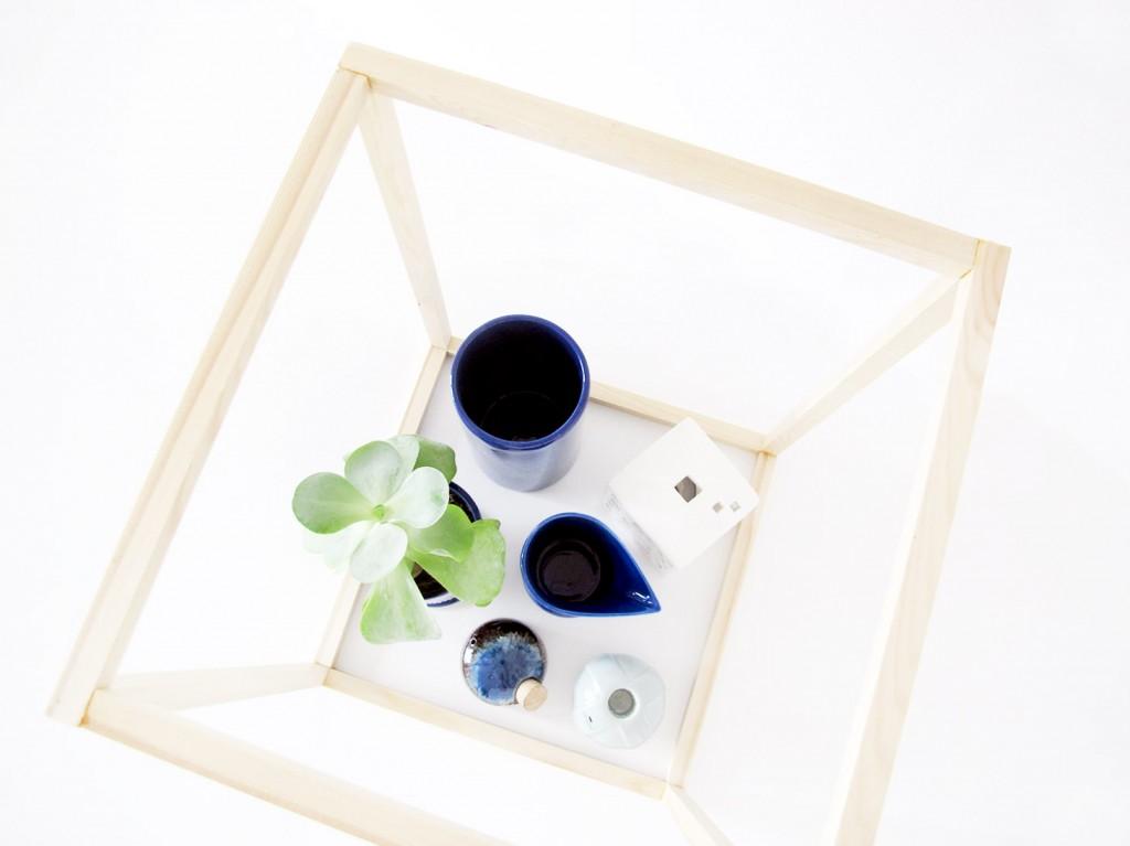 diy kube i træ med keramik og sukkulent