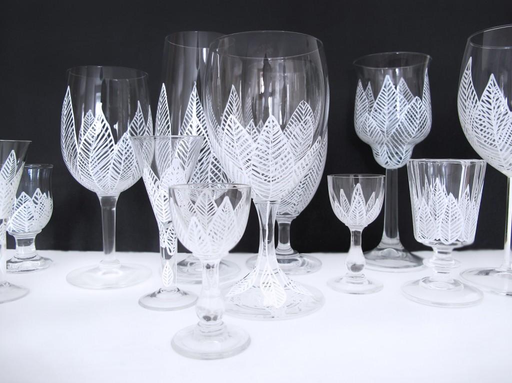 Mal på glas og skab et smukt fest bord til bryllup