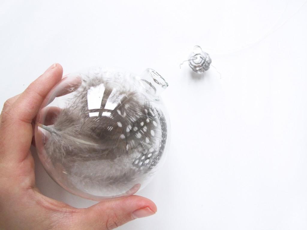 jule kugle i glas fra søstrene grene